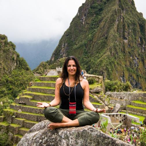 Lisa Saremi, Marriage and Family Therapist, Yoga Teacher 500 CYT + Therapist, & Transformation Coach